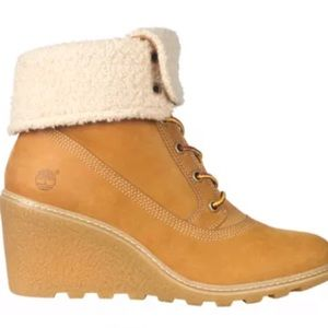 Timberland Woman's AMSTON ROLL-TOP BOOTS 7.5